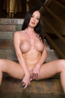 Melissa Lauren 24