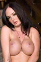 Melissa Lauren 25