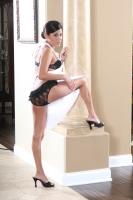 Michelle Avanti 02