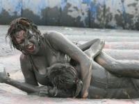 Mud Wrestling 02