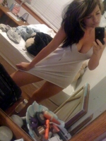 Non_nude_hotties_02