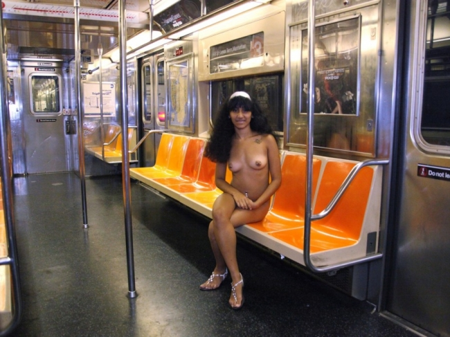 Nude In New York 15