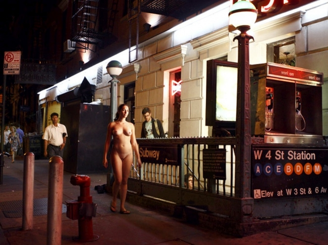 Nude In New York 27
