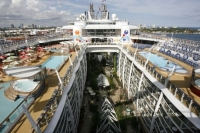 Oasis_of_the_seas_08