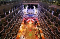 Oasis_of_the_seas_09