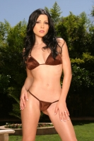 Rebecca Linares 01