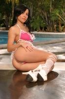 Rebecca Linares 08