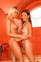 Sandy And Marlie 02