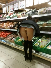 Shoppers 01