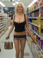Shoppers 04