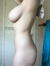 Side Boob 19