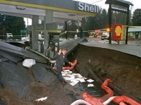Sinkholes 16