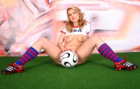 Soccer_girls_usa_13