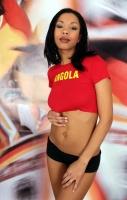 Soccer_girls_angola_01