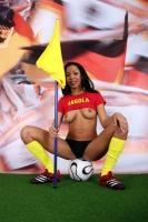 Soccer_girls_angola_08