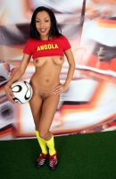 Soccer_girls_angola_13