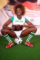 Soccer_girls_cote_divoire_08