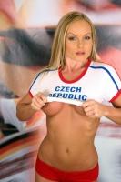 Soccer_girls_czech_republic_02