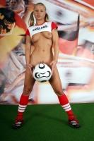 Soccer_girls_england_08