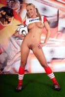 Soccer_girls_england_09
