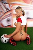 Soccer_girls_england_13