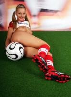 Soccer_girls_england_16