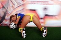 Soccer_girls_sweden_04