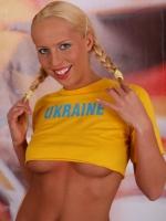 Soccer_girls_ukraine_03