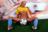 Soccer_girls_ukraine_16
