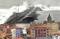 Stormy_seas_03