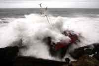 Stormy_seas_08
