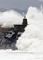 Stormy_seas_10