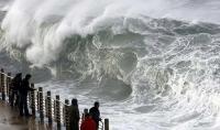 Stormy_seas_11