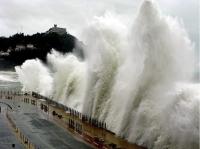 Stormy_seas_14