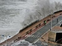 Stormy_seas_15
