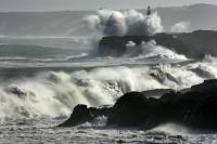 Stormy_seas_20
