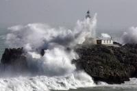Stormy_seas_21