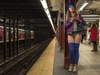 Subway Babes 25