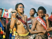 Swaziland_virgin_parade_03