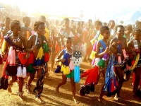 Swaziland_virgin_parade_15