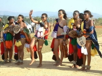 Swaziland_virgin_parade_22