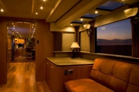 Ultimate_motorhome_06