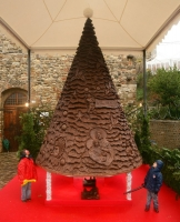 Unusual Christmas Trees 06