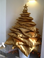 Unusual Christmas Trees 08