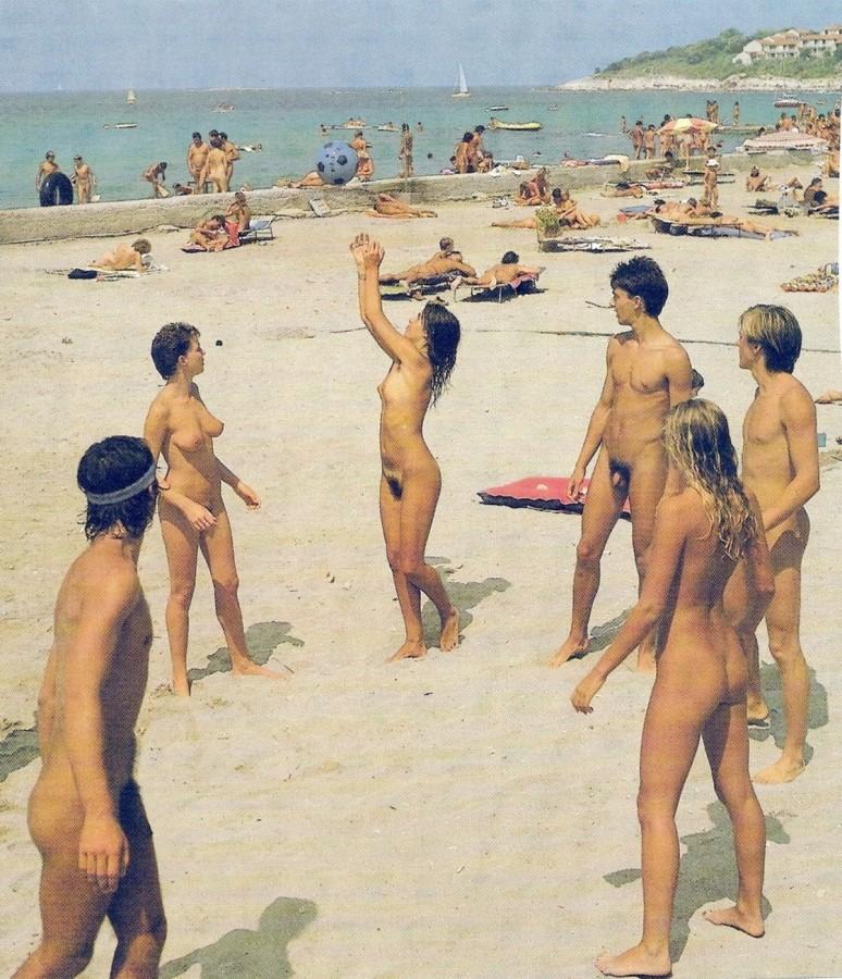 naked british young woman