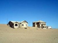 Weird_houses_11