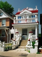 Weird_houses_17
