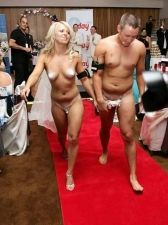 Weirdo Weddings 05