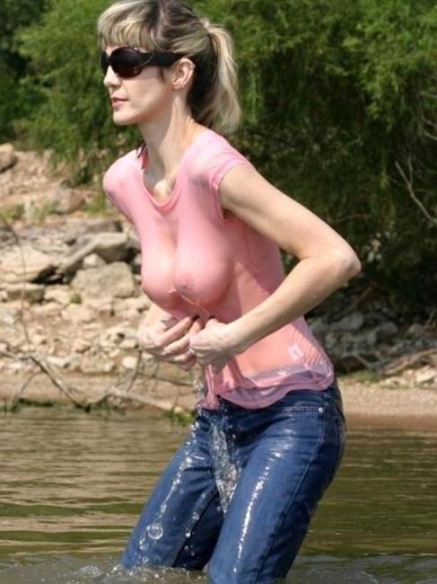 Wet T Shirt 25