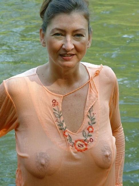 Wet T Shirt 26